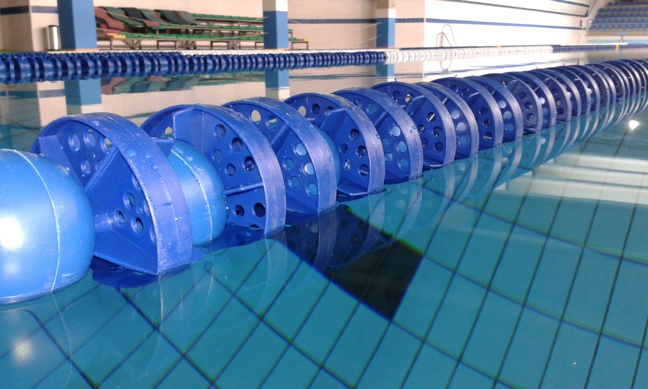 corchera piscina mosc con cable y gancho equipamiento